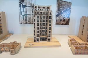 Maquette de bâtiment parisien