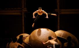 Cirque du Vietnam 1